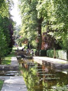 Buscot Park garden