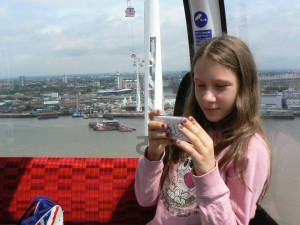 On the Emirates Airline over the Thames