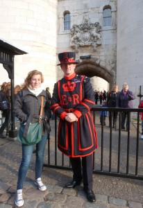 The_Tower_of_London_-_with_the_Beefeater